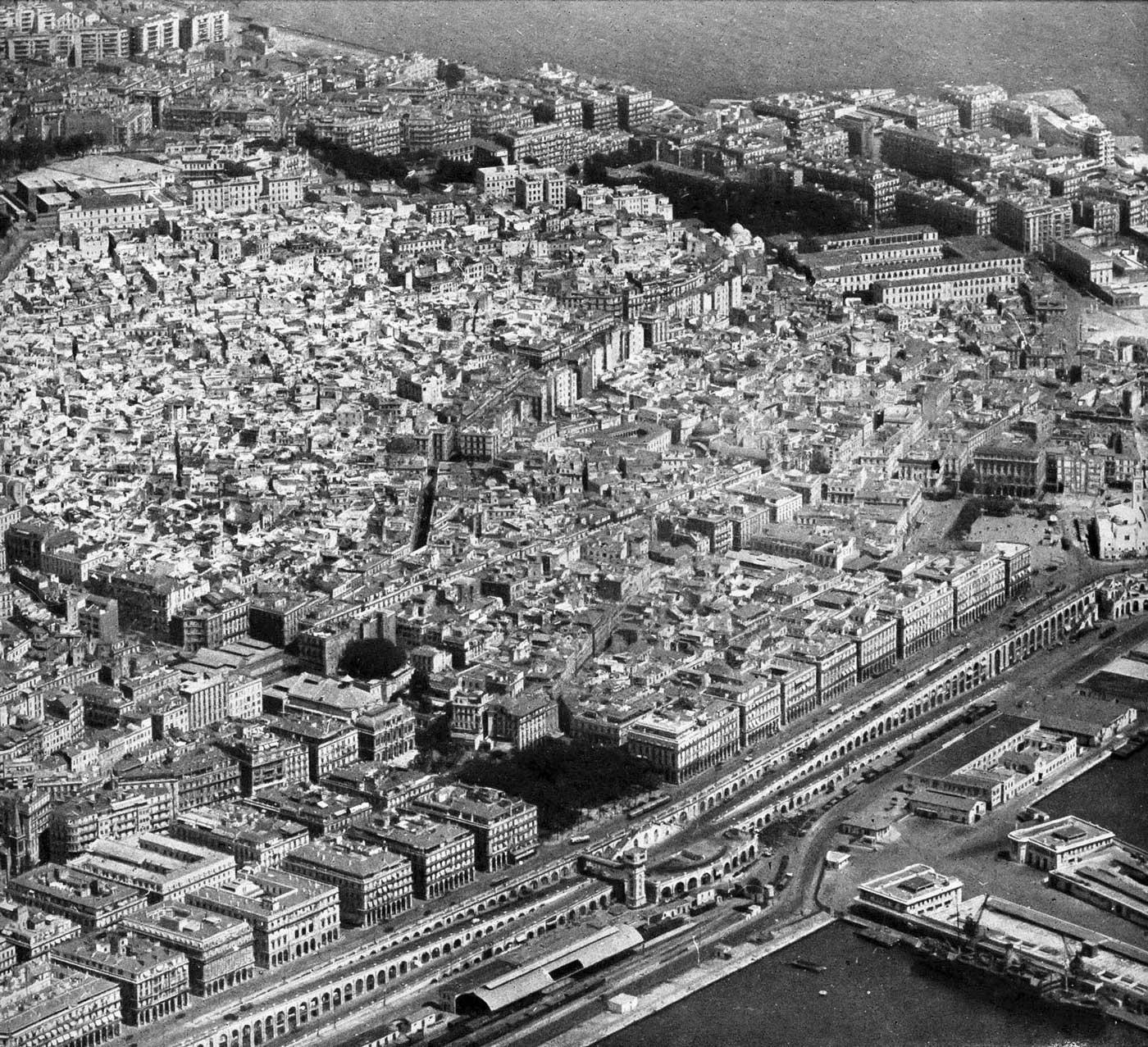 vue aérienne d'Alger - 1950
